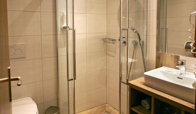 Gemütliche Vierbettzimmer in Radstadt - Gasthof Löcker